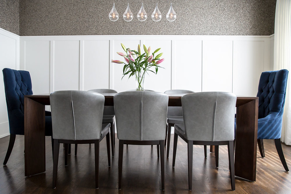 Astounding Luxe Dining Room Design By Calgary And Kelowna Interior Interior Design Ideas Ghosoteloinfo